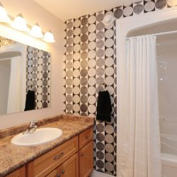 Strathcona Village Homes ensuite 4 piece bathroom.